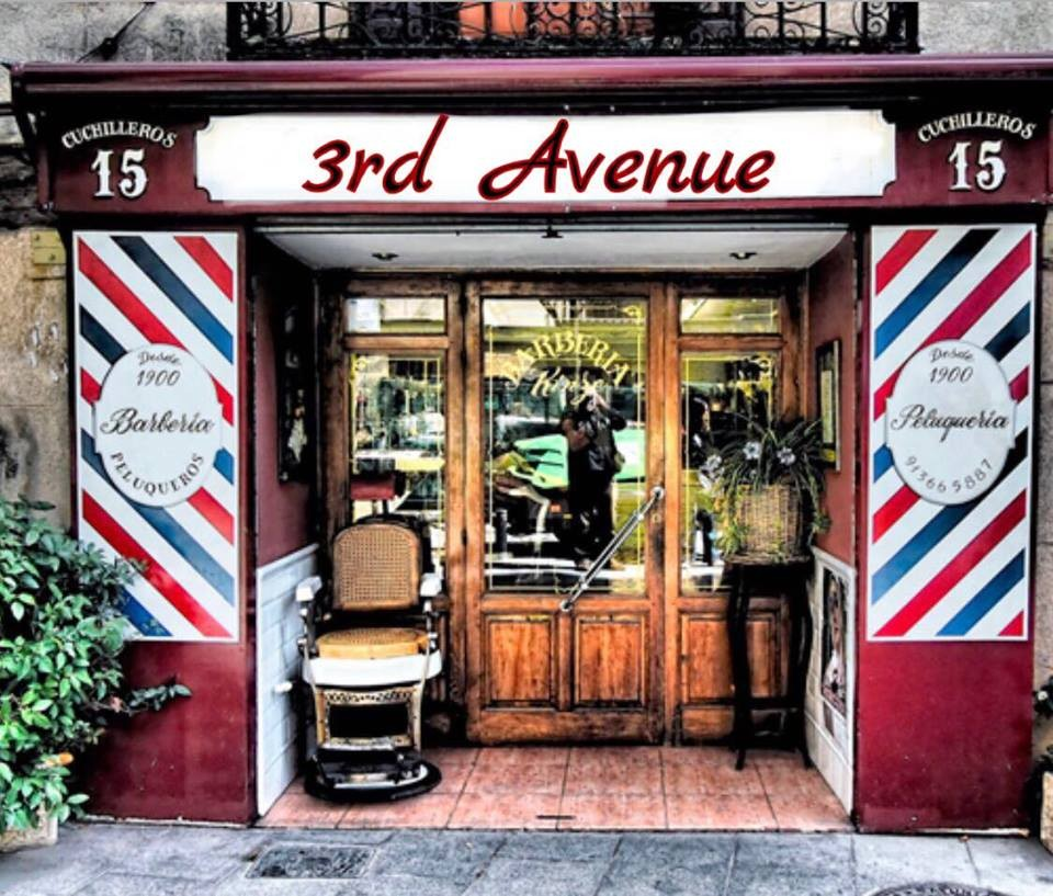 Noche de speakeasy en 3rd Avenue Barbería Speakeasy.